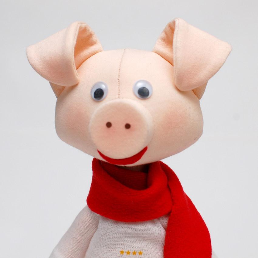голова текстильной куклы свин