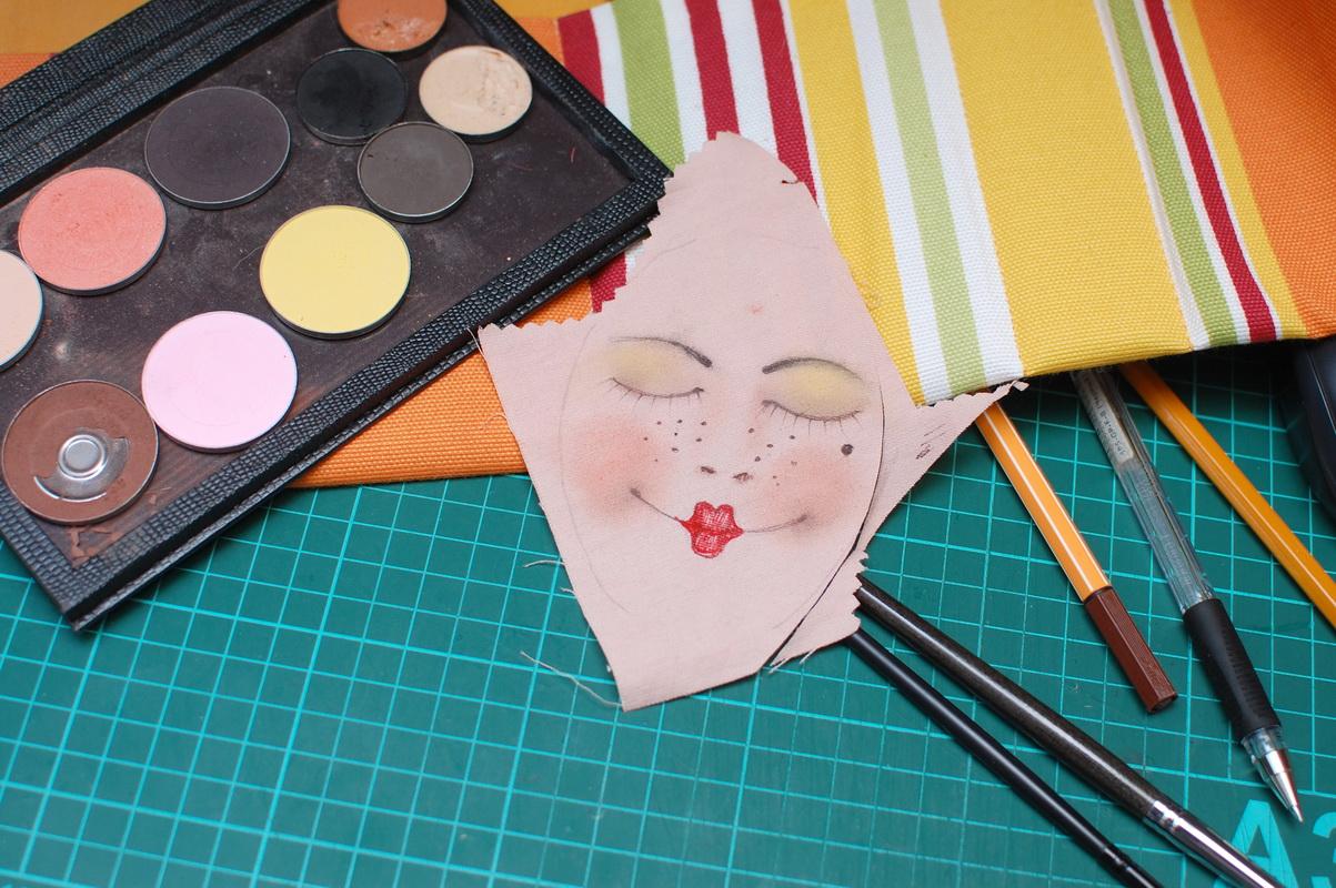 роспись головы текстильной куклы