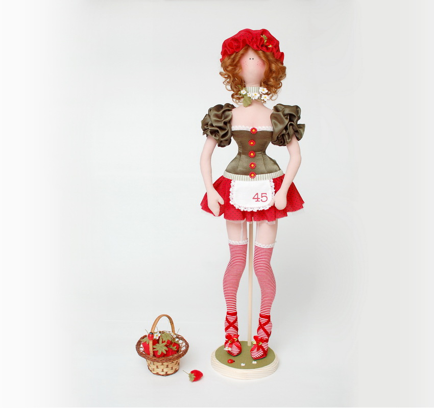 текстильная кукла баба ягодка опять