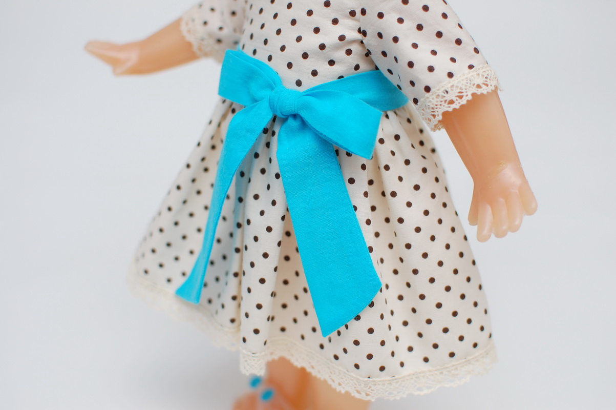 маленькая советская кукла