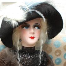 будуарная текстильная кукла