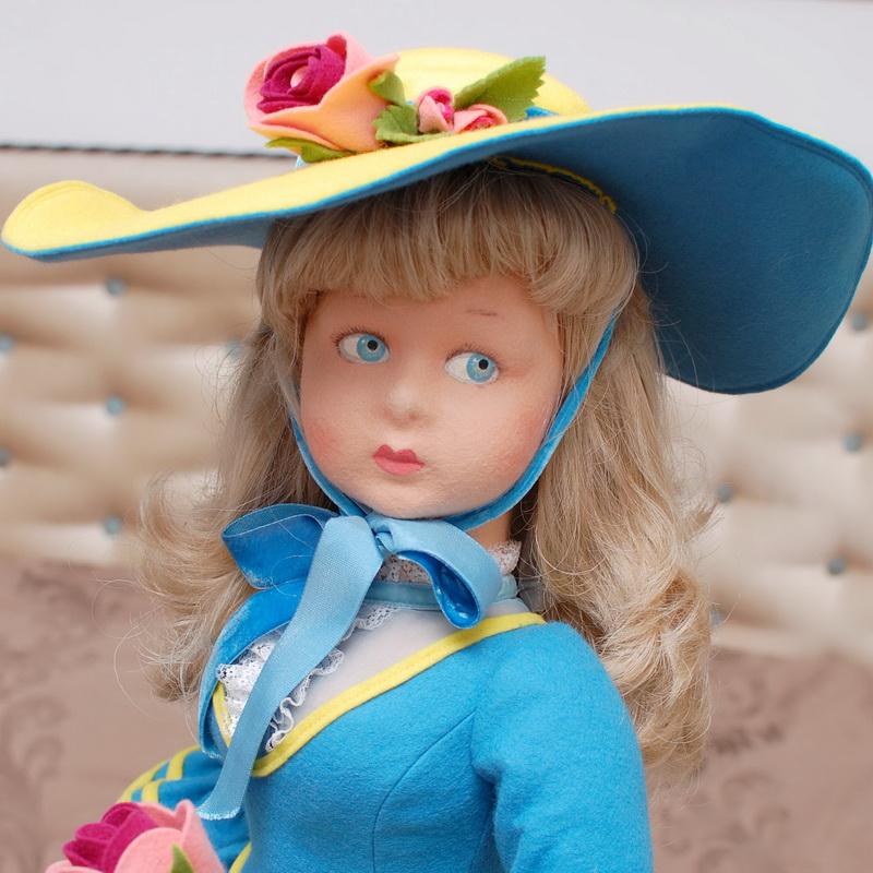 фото куклы Lenci