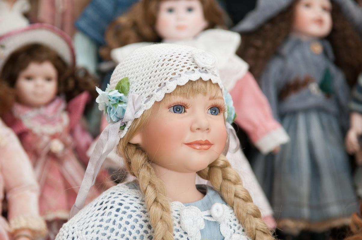 фарфоровая кукла Ann Timmerman