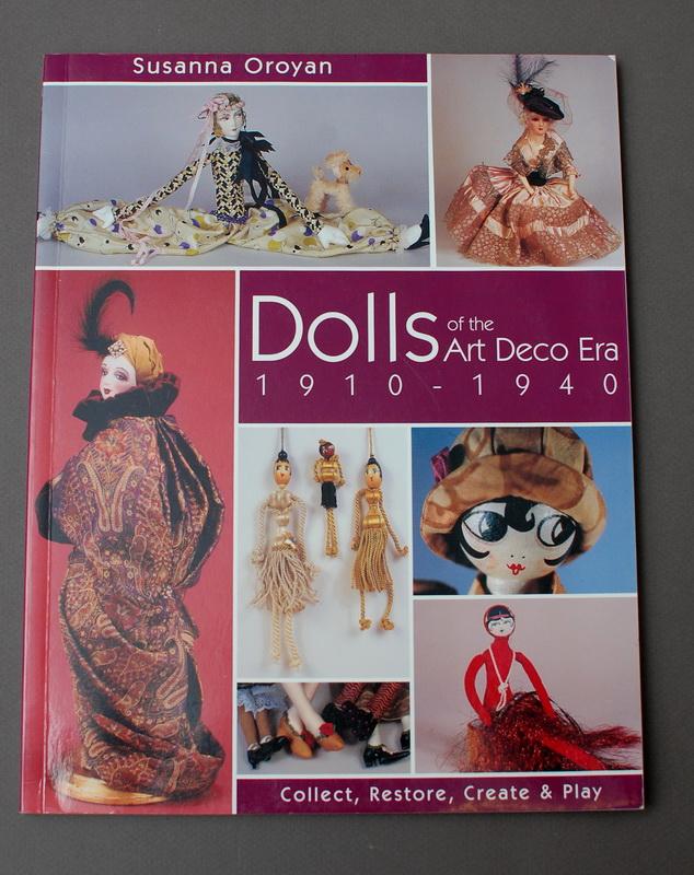 книга на английском языке по антикварным будуарным куклам