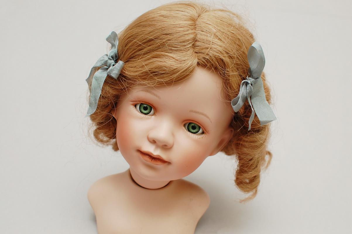 кукла русая