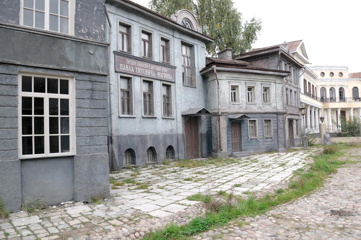 gorod-v-gorode-dekoratsii-na-mosfilme