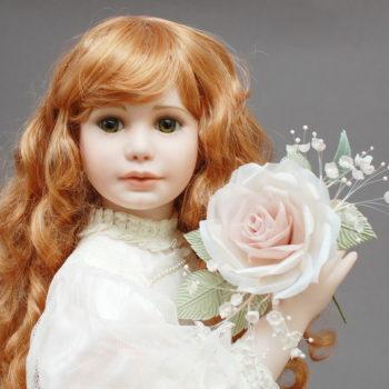 коллекионная лимитная кукла из фарфора