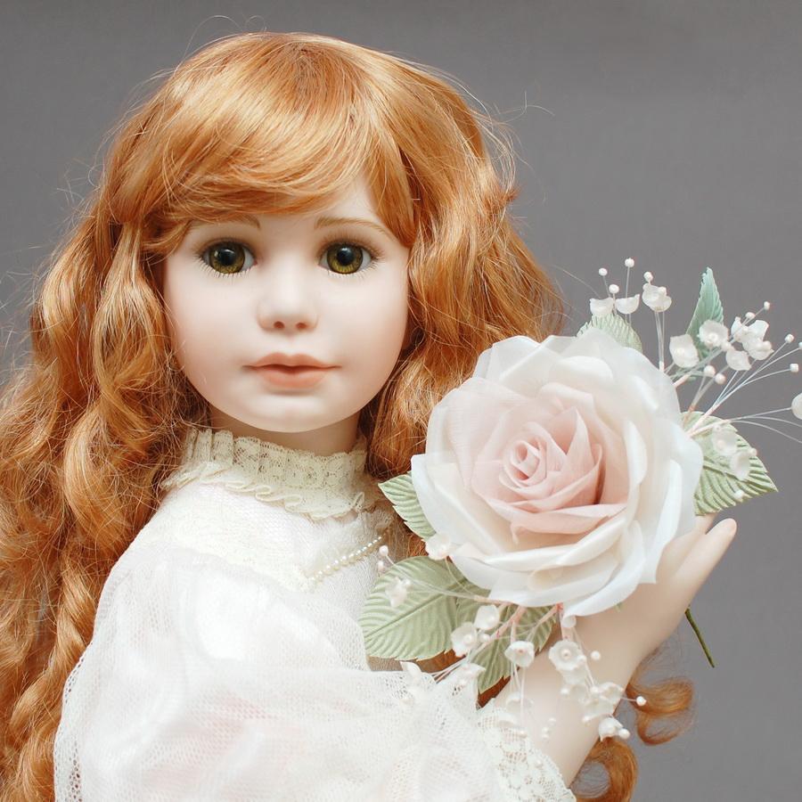 коллекционная кукла из фарфора