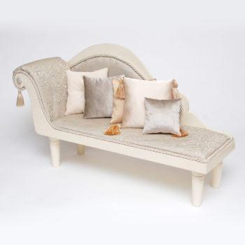 купить кукольный диван
