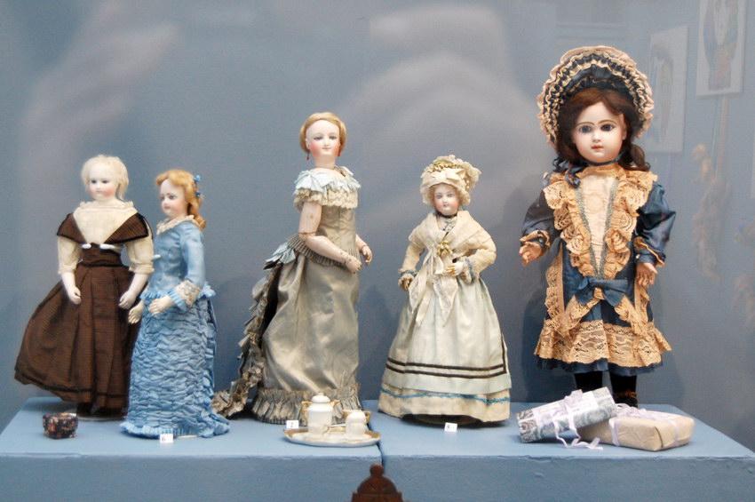 красивые антикварные французские куклы