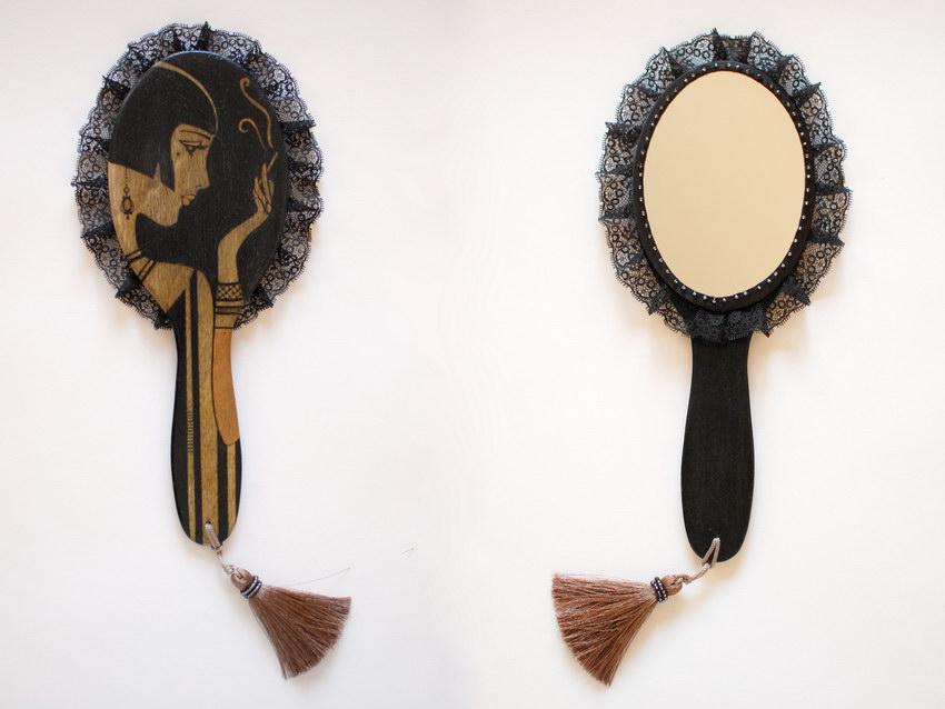 черное дамское зеркало ручной работы