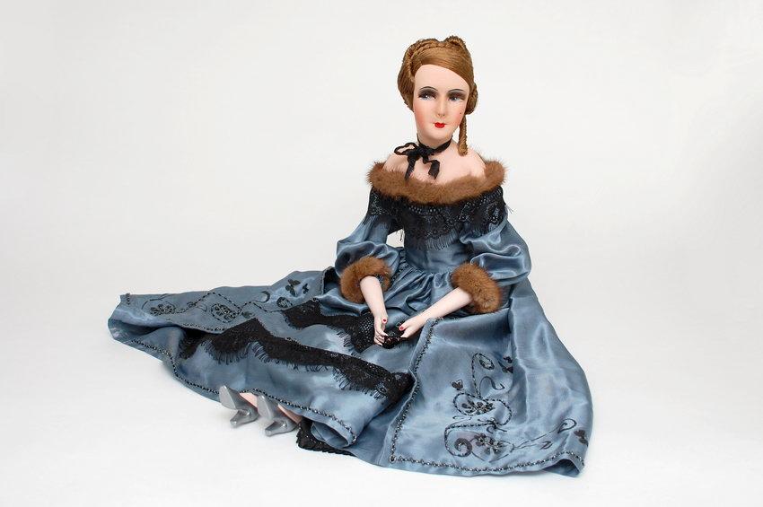 красивая авторская будуарная кукла